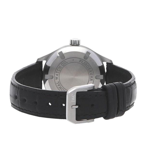 IWC Pilot's Watch Midsize IW3256-01
