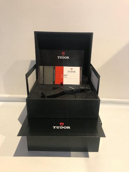Tudor Heritage Black Bay Harrods Special Edition 79230G