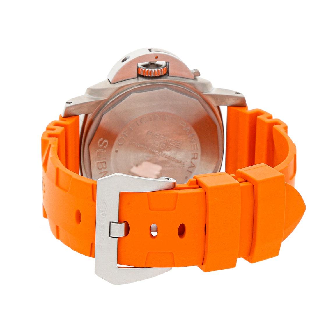Panerai Luminor Submersible 2500m PAM 194
