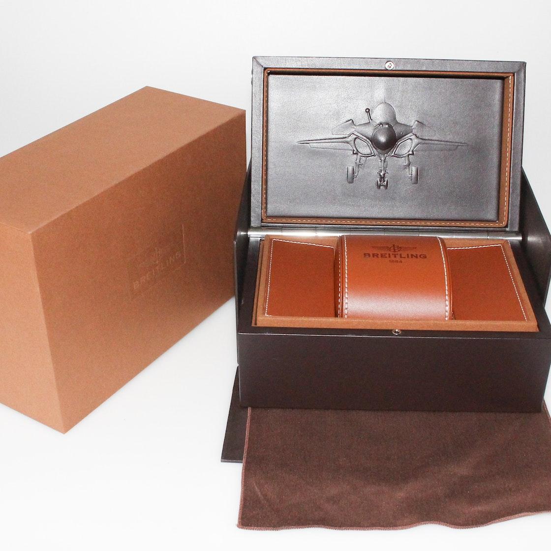 Breitling Transocean Chronograph Unitime RB0510U4/BB63