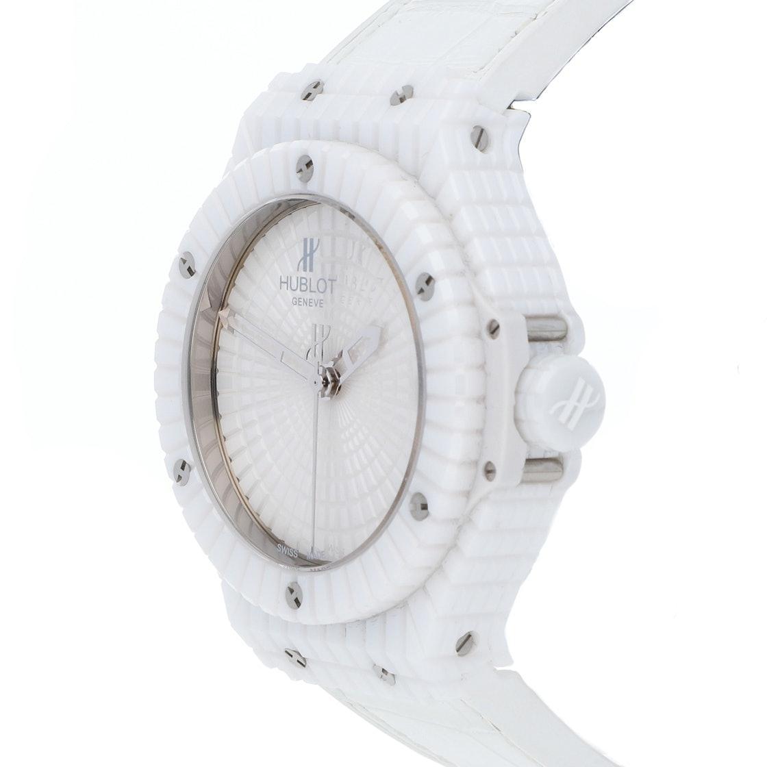 Hublot Big Bang White Caviar 346.HX.2800.RW