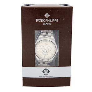 Patek Philippe Complications Annual Calendar 5036/1G-017
