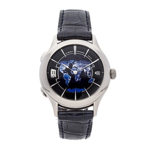 Laurent Ferrier Galet Traveller Night Blue Globe LCF012.G1.NGE08