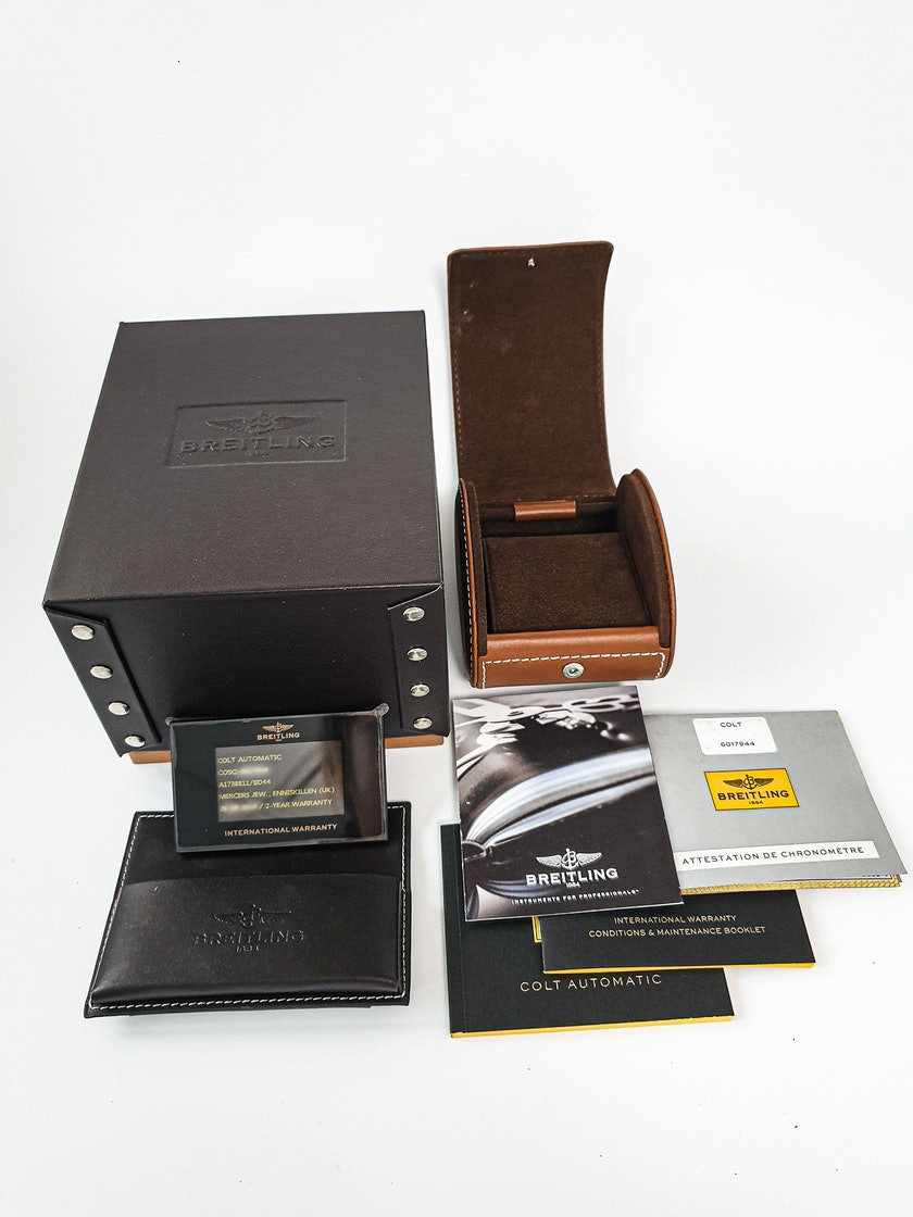Breitling Colt A1738811/BD44