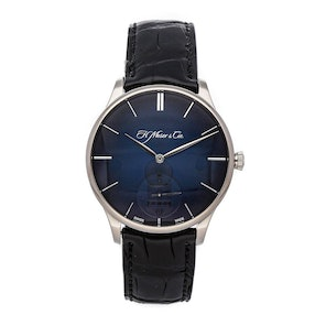 H. Moser & Cie Venturer Small Seconds 2327-0204
